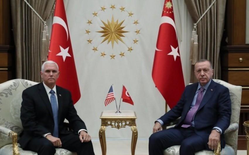 Ərdoğanla ABŞ-ın vitse-prezidenti arasında görüş başa çatıb - YENİLƏNİB-3