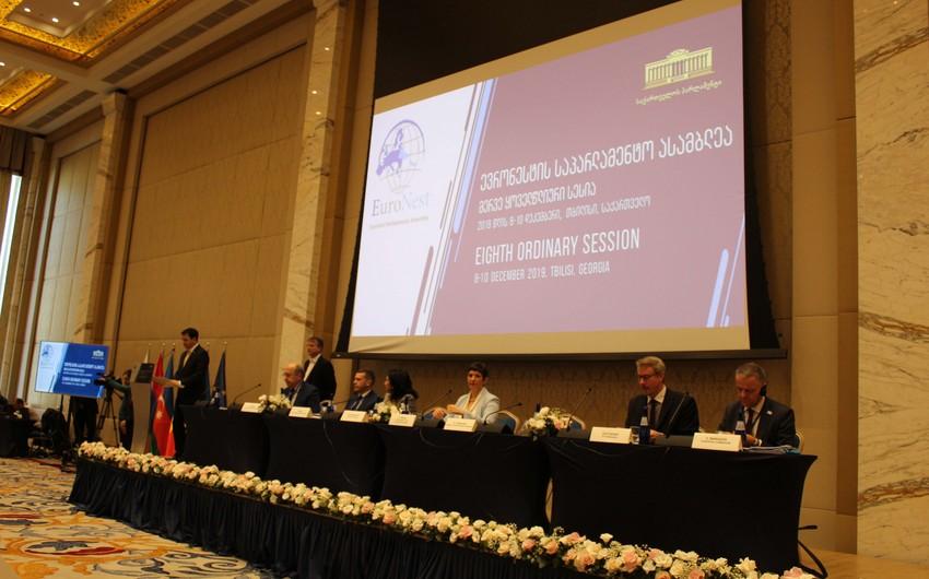 Azərbaycanlı deputatlar Avronest PA-nın Tbilisi sessiyasında iştirak edirlər