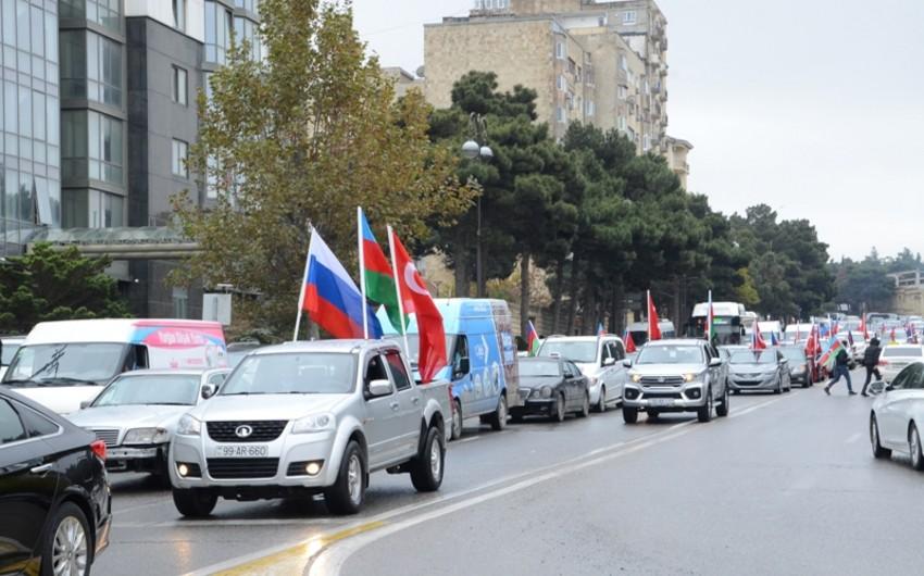 Жители Баку отметили освобождение Лачина, организовав автопробег
