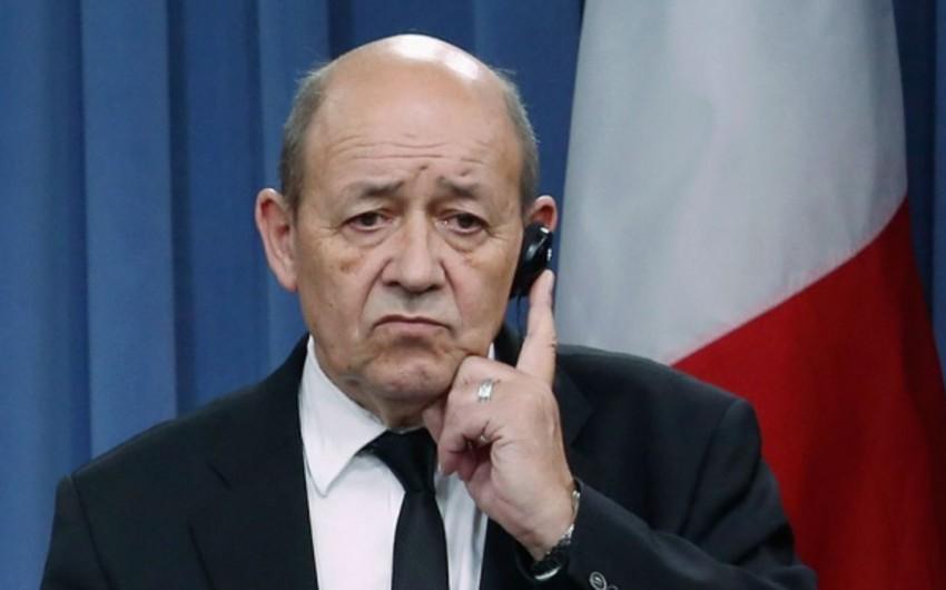 Франция призвала снять санкции с Катара