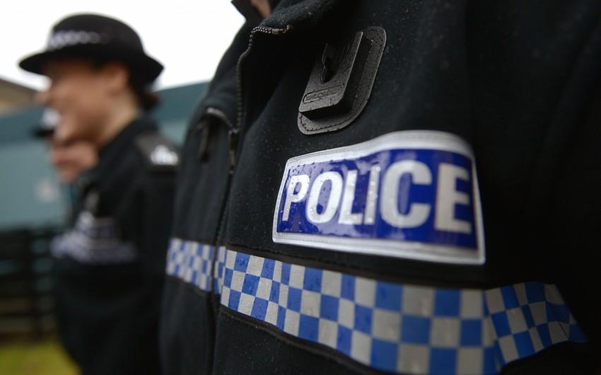Böyük Britaniyada terrorçuluğu maliyyələşdirməkdə şübhəli bilinən iki nəfər saxlanılıb