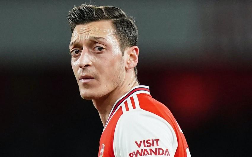 Футболист Арсенала поддержал Азербайджан