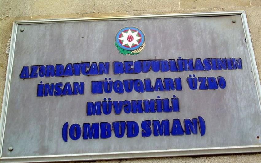 Ombudsman Aparatının nümayəndələri bir neçə polis bölməsinə baxış keçirib