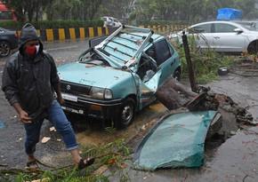Hindistanda fırtına səbəbindən 38 nəfər ölüb