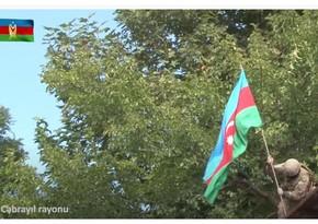 """Azərbaycan əsgəri: """"Bütün torpaqlarımızda üçrəngli bayrağımız dalğalanacaq!"""""""
