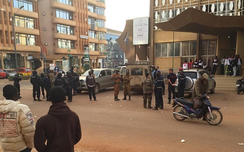 СМИ: В результате теракта в Буркина-Фасо погибли 10 человек