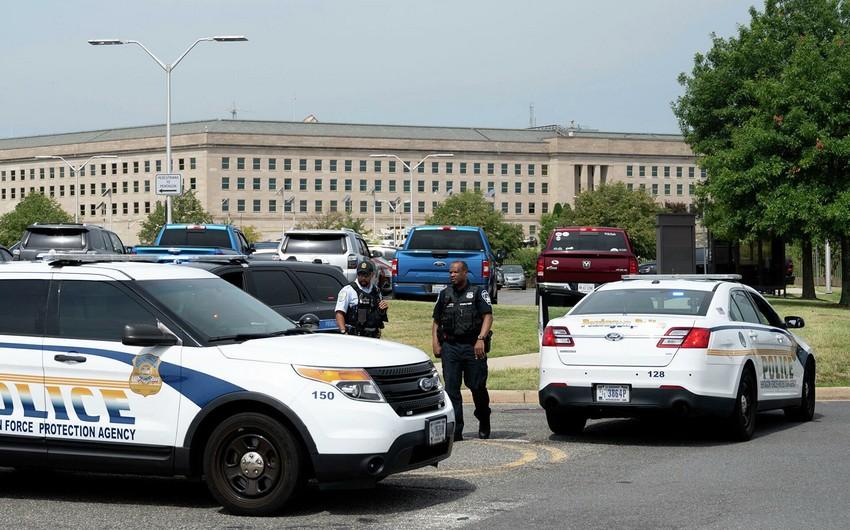 В США офицер полиции скончался после стрельбы у Пентагона