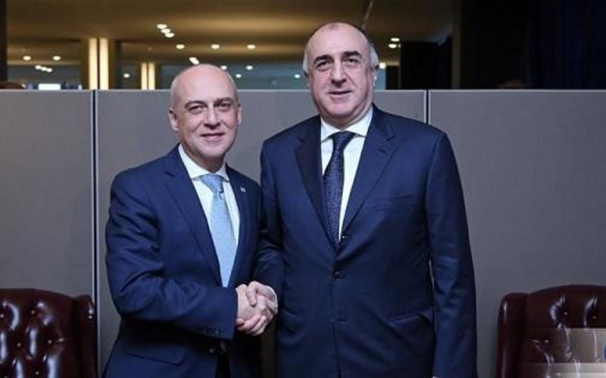 Azərbaycan və Gürcüstan XİN başçıları telefonla danışdı