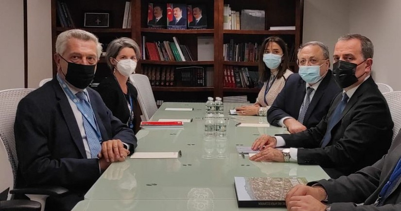 Ceyhun Bayramov BMT-nin Qaçqınlar üzrə Ali Komissarı ilə görüşüb