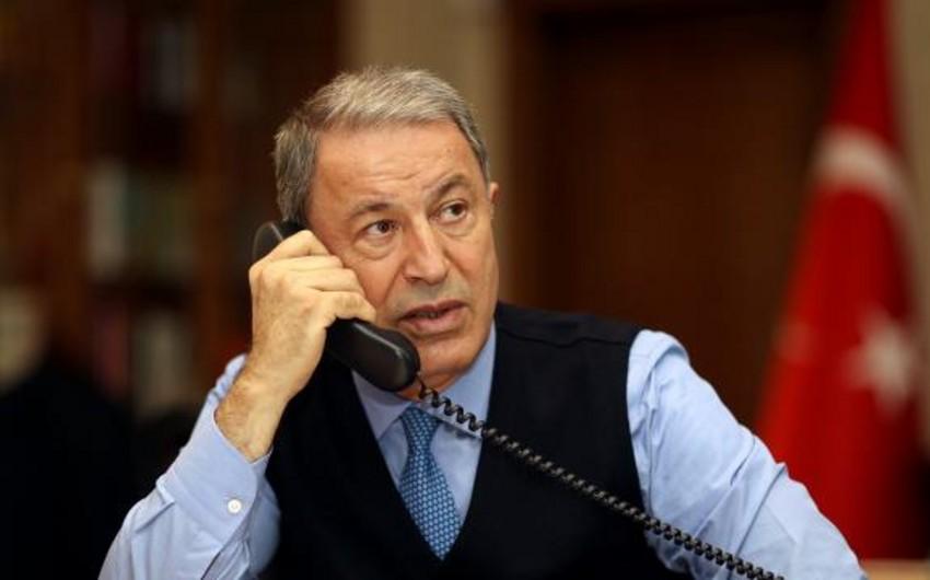 Türkiyə və İspaniya müdafiə nazirləri arasında telefon danışığı olub