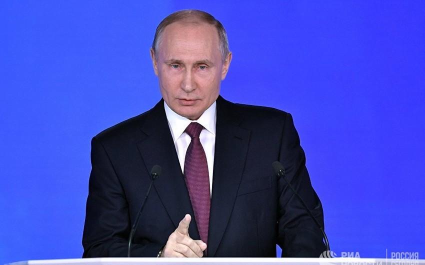 Putin: Rusiyanın Amerikadakı seçkilərə müdaxilə etməsinə gərək yoxdur