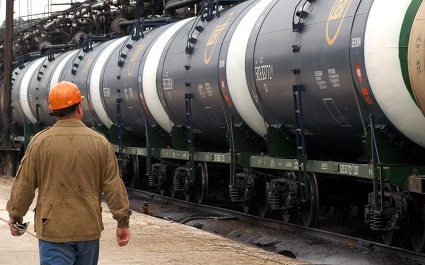 Küveyt ABŞ-a neft ixracını dayandırıb