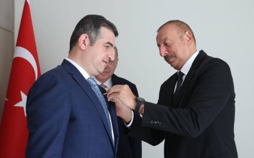 """İlham Əliyev Haluk Bayraktarı """"Qarabağ"""" ordeni ilə təltif edib - FOTO"""