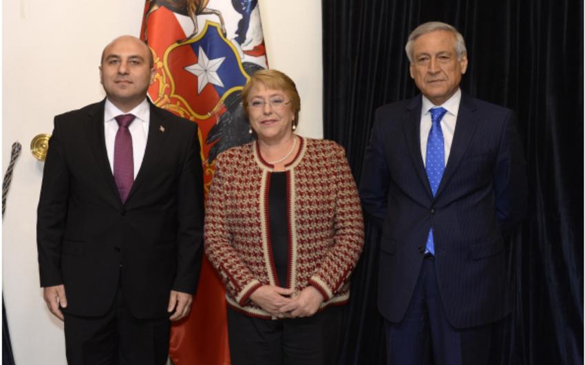 Azərbaycan səfiri etimadnaməsini Çili prezidentinə təqdim edib
