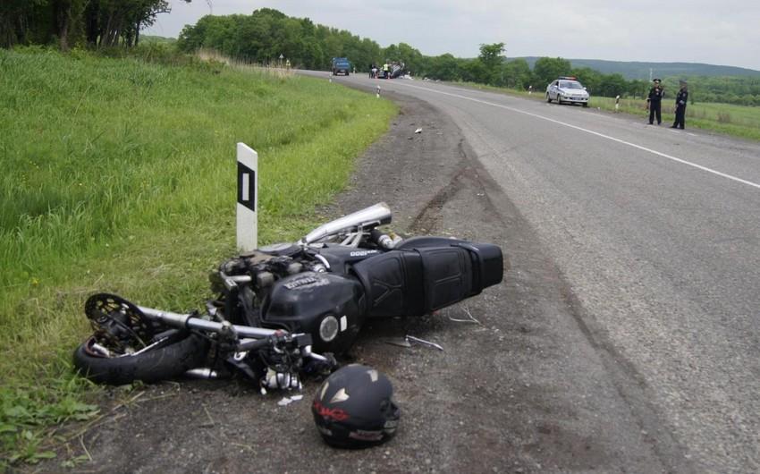 İmişlidə motosiklet aşıb, sürücü yaralanıb