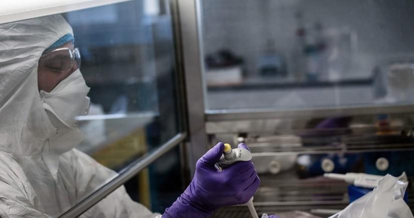 İtaliyada peyvəndlərin effektsiz olduğu koronavirus mutasiyası aşkarlandı