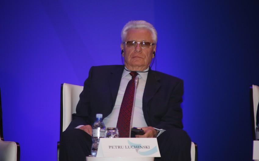 Moldovanın sabiq prezidenti: Azərbaycan uzun illərdir sabit inkişaf edir