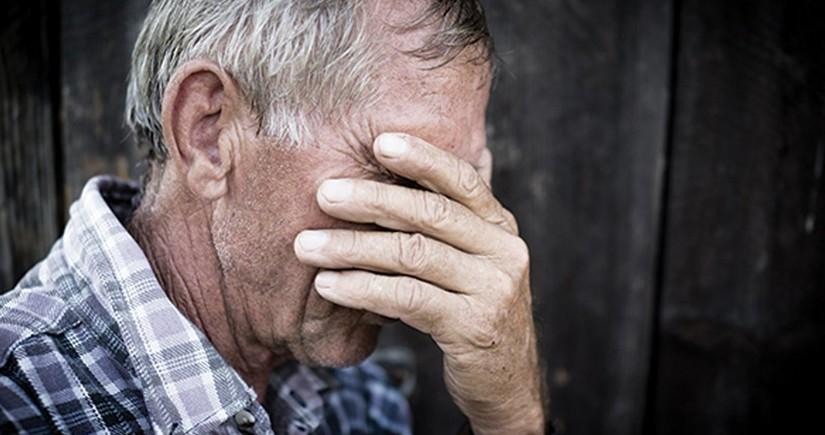 В Баку жестоко избили пожилого мужчину