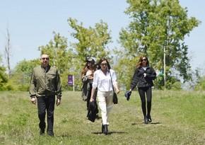Ильхам Алиев осмотрел территорию перед дворцом ханской дочери Натаван в Шуше