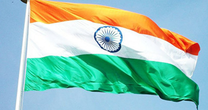 India opens entry for international travelers