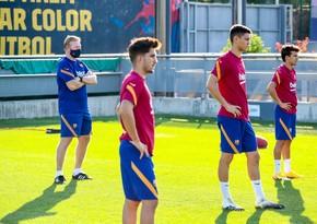 Ronald Kuman 2 futbolçunu Barselonadan kənarlaşdırdı