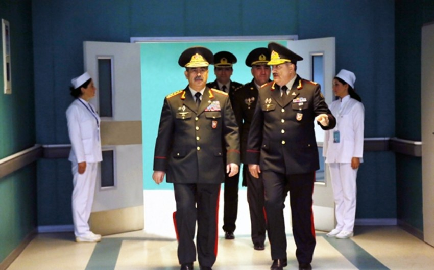 Zakir Hasanov met with leadership of medical service of Azerbaijani Armed Forces