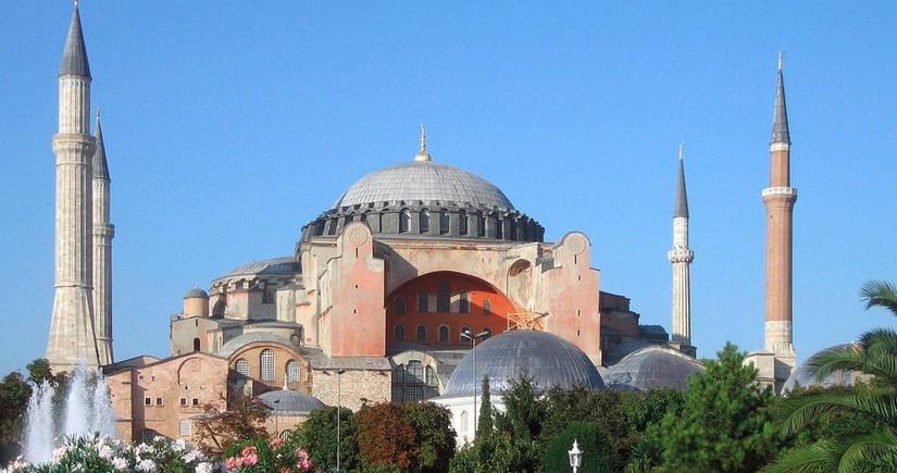 Богослужения в соборе Святой Софии начнут проводить с 24 июля