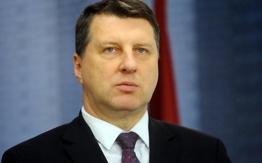 Latviya prezidentinin səlahiyyətləri parlamentin sədrinə verilib