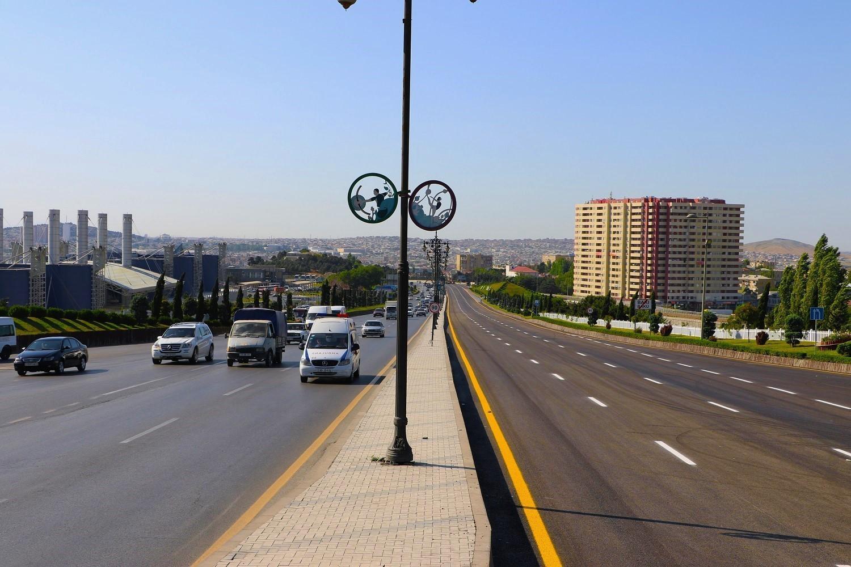 На трассе Баку-Сумгайыт завершается первый этап ремонтных работ