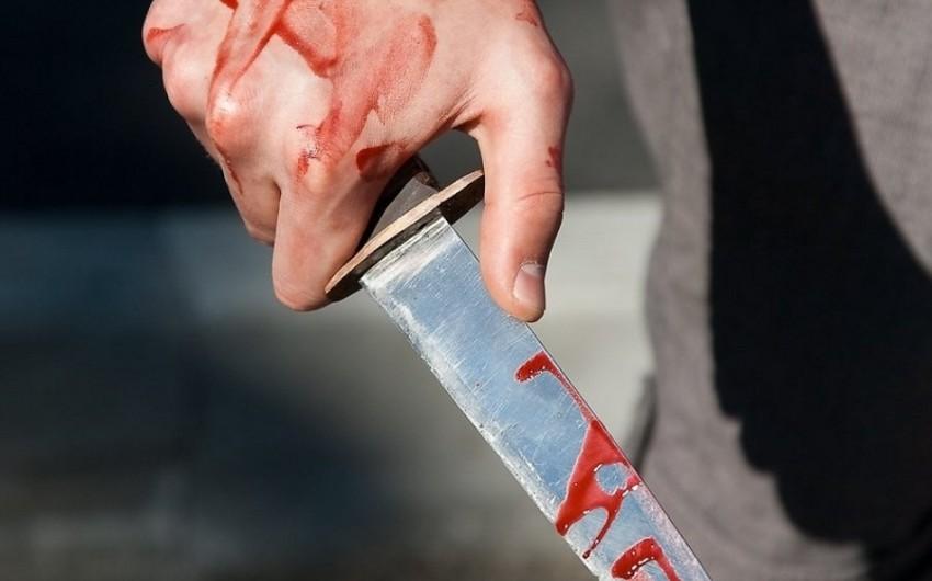 Bərdə sakini bıçaqla özünə xəsarət yetirib