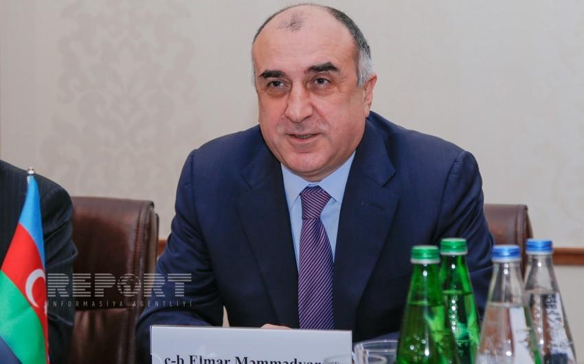 Elmar Məmmədyarov Makedoniyanın XİN başçısı ilə görüşüb