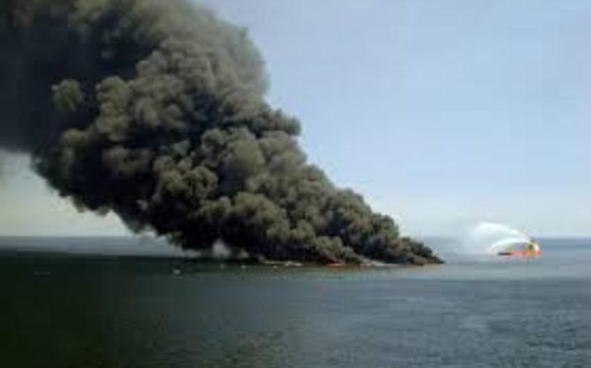 На нефтегазовой платформе в Мексиканском заливе произошел взрыв