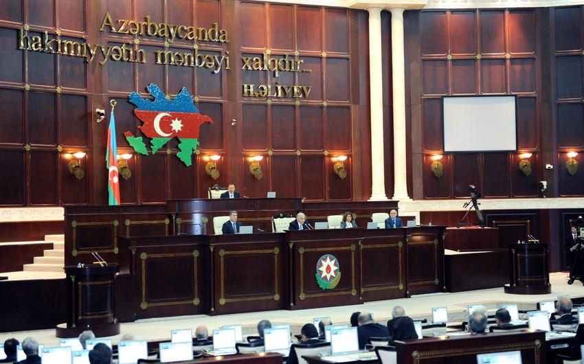 Azərbaycan parlamenti Vergi Məcəlləsinə dəyişiklikləri təsdiq edib