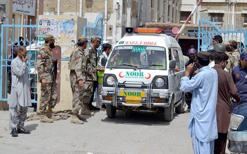 Pakistanda hərbi yük maşını aşıb, 4 nəfər ölüb, 51-i yaralanıb