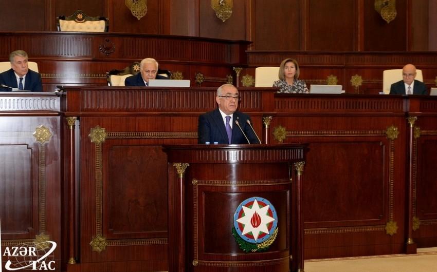 Əli Əsədov: Bu gün Prezident İlham Əliyevin rəhbərliyi ilə Azərbaycan iqtisadiyyatı titanik inkişaf yolu keçib