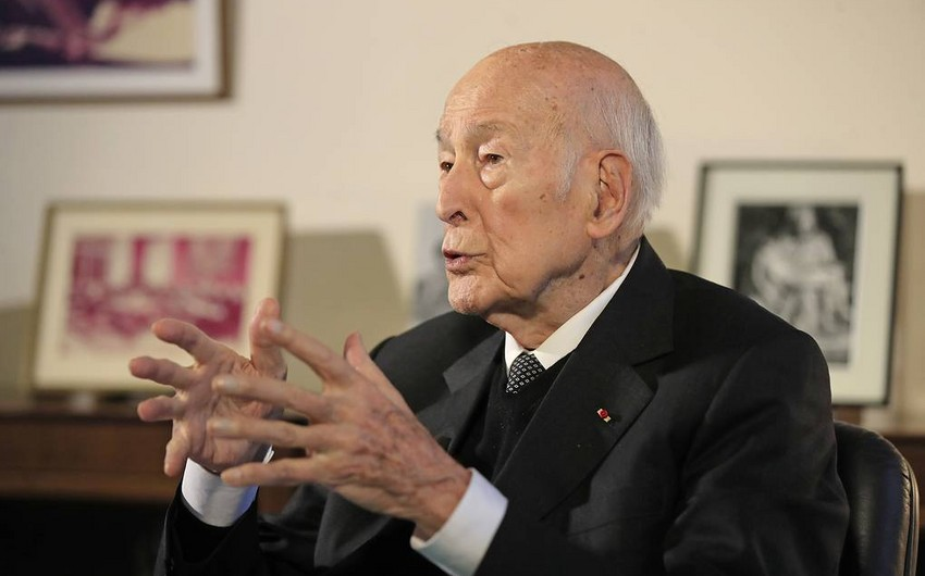 Fransanın keçmiş prezidenti koronavirusdan öldü