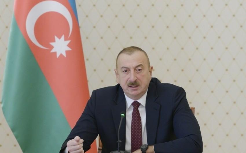 İlham Əliyev: Türkdilli ölkələrdən yük daşımaları artıb