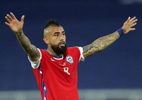 Игроков сборной Чили накажут за посещение парикмахера