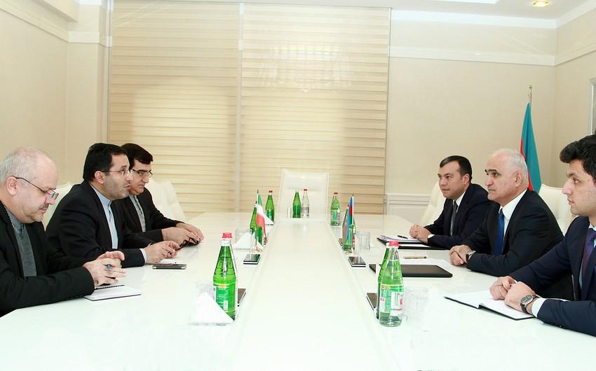 Azərbaycan-İran Ticarət Palatasının yaradılması təklif olunur