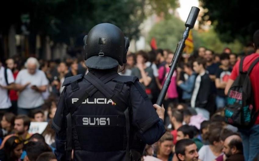 Kataloniyada polislə qarşıdurma zamanı xəsarət alanların sayı 761 nəfərə çatıb - VİDEO - YENİLƏNİB