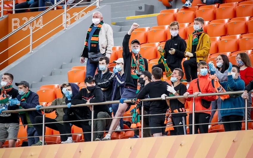 Almaniya Bundesliqasının oyununa azarkeşlər buraxılacaq