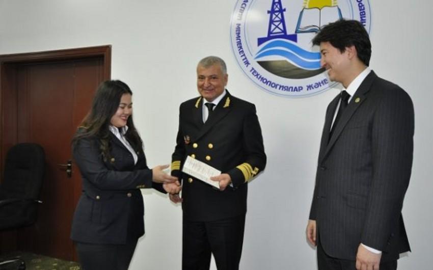 Dövlət Dəniz Akademiyası Qazaxıstanın universiteti ilə memorandum imzalayıb