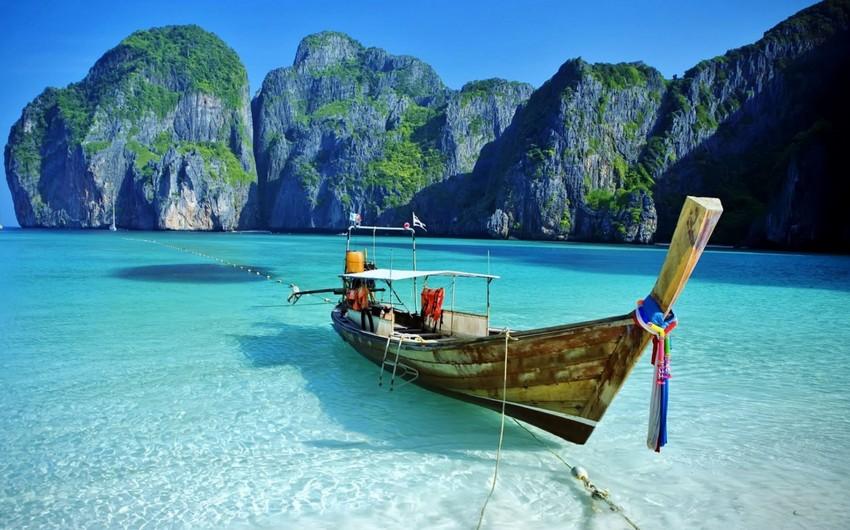 Пять курортов Таиланда могут открыться для иностранцев в августе