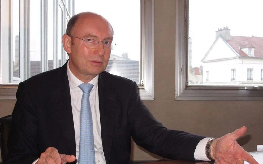 Fransalı deputat: Azərbaycan sərhədlərini bərpa etdiyindənsülhdən danışmaq olar