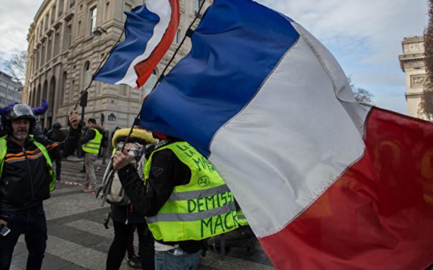 Fransada aksiyalar zamanı 100-dən çox etirazçı saxlanılıb - VİDEO - YENİLƏNİB