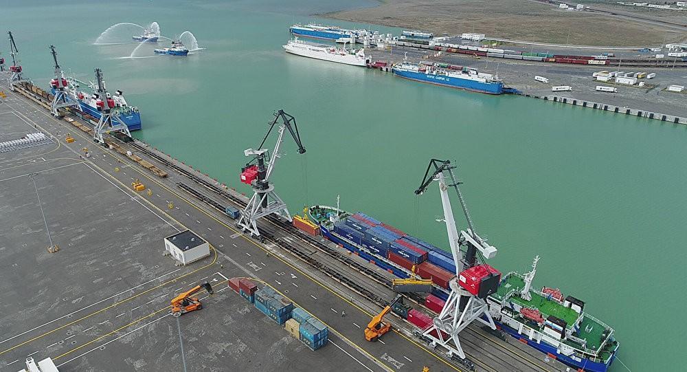 АЖД: Свободная зона в Аляте и БТК увеличат грузооборот между Европой и Азией