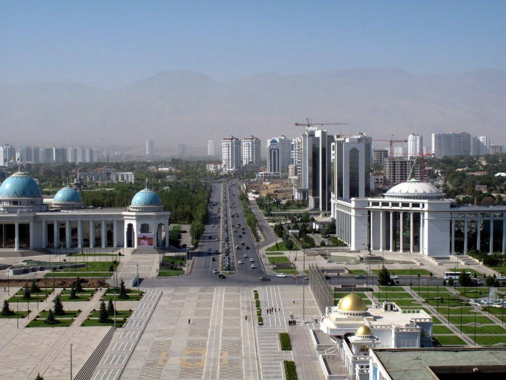 President of Turkmenistan holds a meeting with First Deputy Prime Minister of Azerbaijan