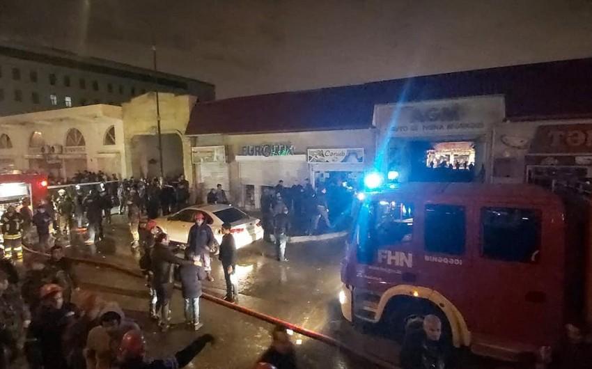 Nəsimi rayonunda baş verən yanğında iki avtomobil yanıb