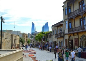 Number of incoming tourists down in Azerbaijan