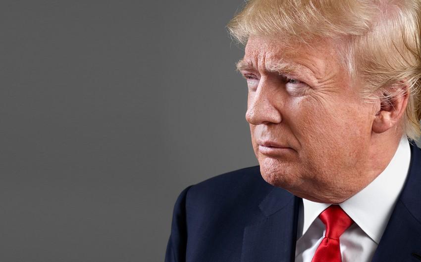 Президент США досрочно прервал отпуск